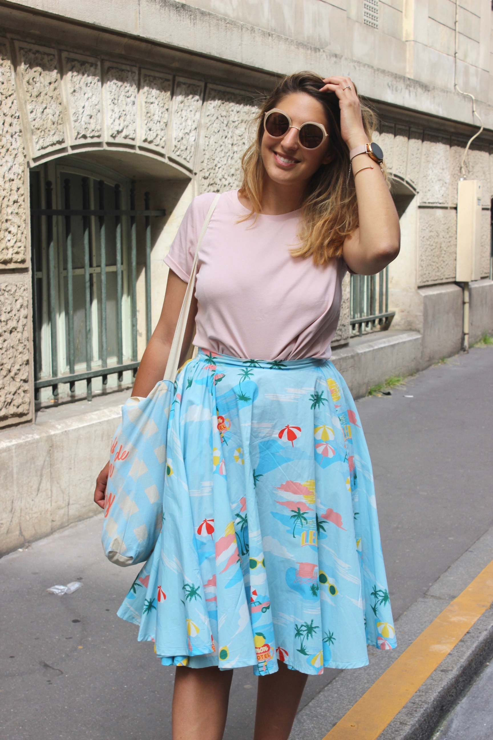 Blog-This-Kind-Of-Girl-Look-En-rose-et-bleu7